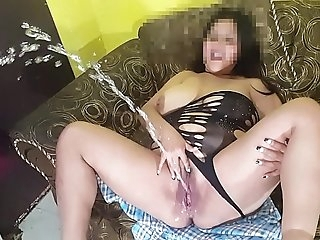 BBW Largest squirt is gobbling