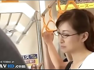 Jav teacher romped on the bus - Elitejavhd.com