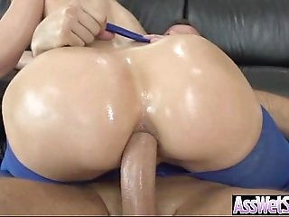 Big Wet Oiled Up Ass Slut Girl Get Anal Deep Bang video-06