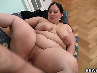 Horny man seduces and bangs BBW