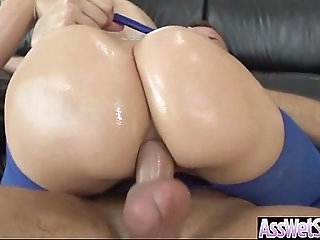 Ass-fuck Sex Tape With Curvy Big Butt Oiled Chick (anikka albrite) vid-23